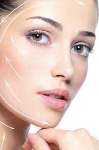 超音波の熱エネルギーで肌のたるみの改善を行う最新鋭のフェイシャルリフトアップ美容マシンです。